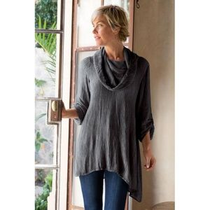SOFT SURROUNDINGS Asymmetrical Gauze Tunic Top